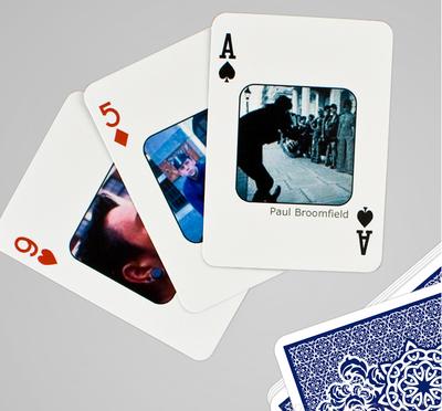 フェイスブックの友達をトランプに Personalised Facebook Playing Cards