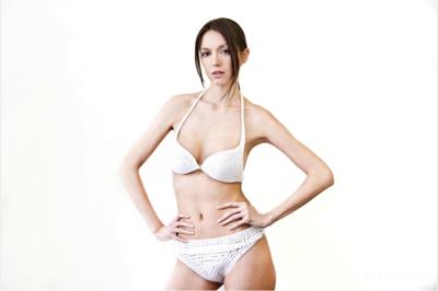 N12 bikini – 世界初の3Dプリンターで打ち出されたビキニ